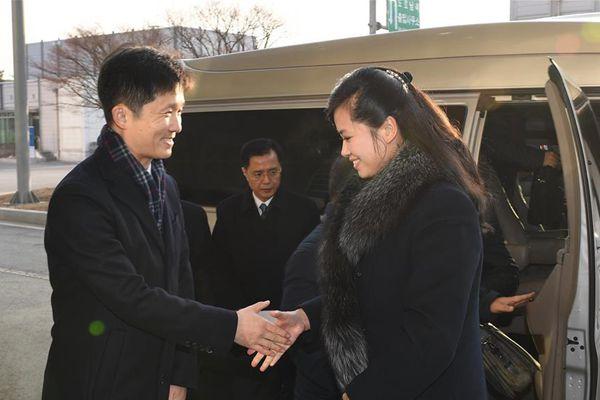 朝方考察团访韩