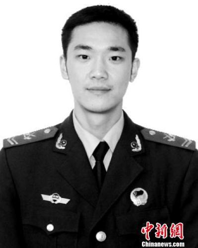 四川年轻消防战士吴俊寰火场救援牺牲 已入伍15年