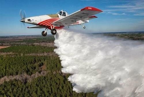 美国将研制能灭火的大型无人机