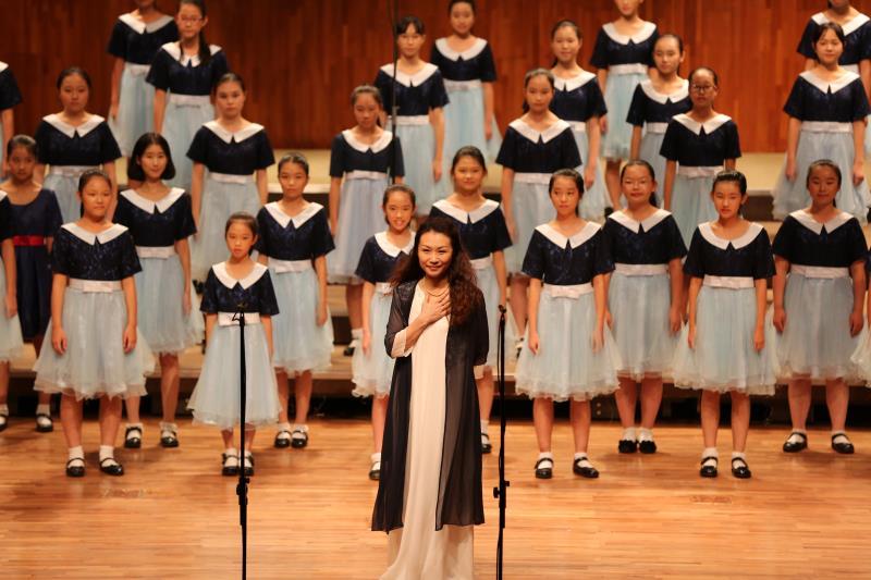 投身童声合唱事业多年 她为天籁之音插上飞翔的翅膀