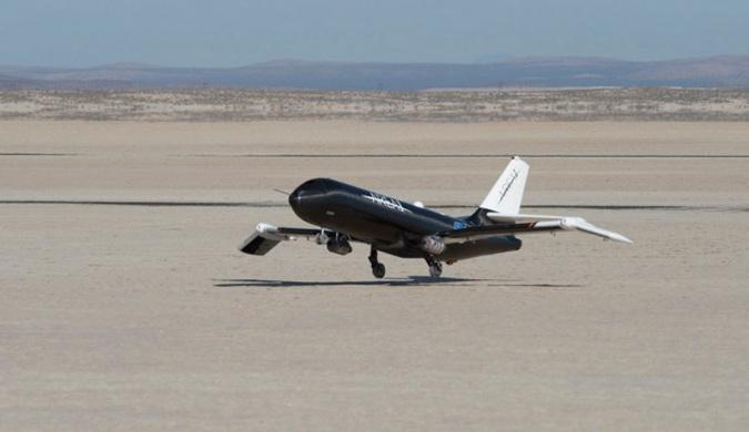 NASA利用记忆合金打造出新型可折叠机翼