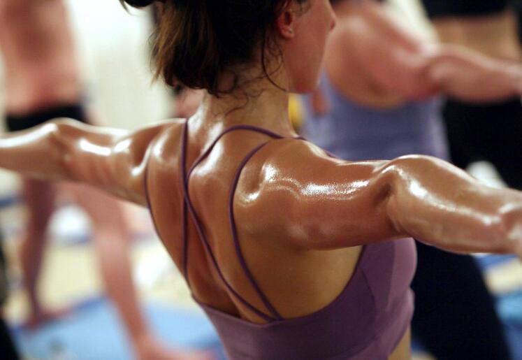 流汗不等于有效 研究指高温瑜珈未必更健康
