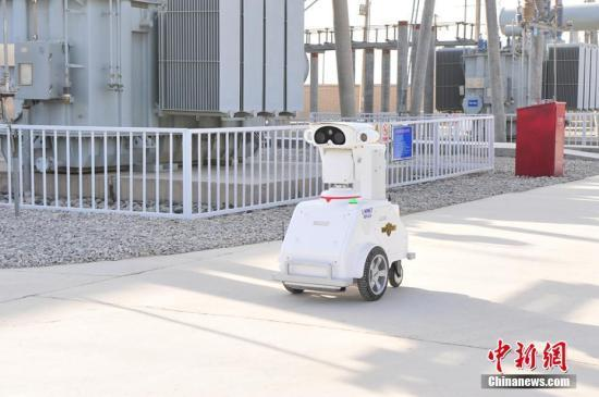 中国实施人工智能重大工程 突破深度学习等关键技术
