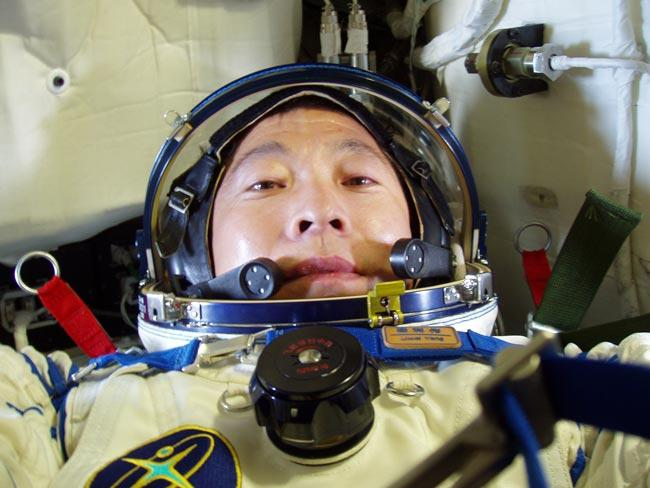 【中国梦实践者】杨利伟:一飞冲天 千年梦圆