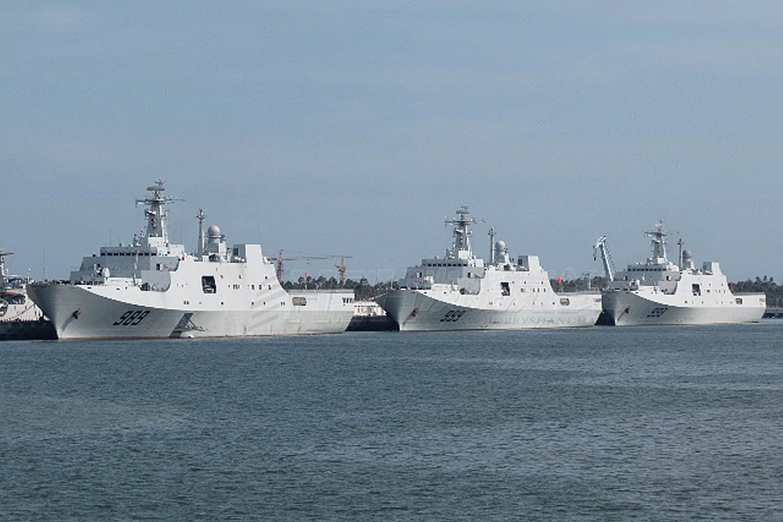 一年内第二艘!中国第六艘071型船坞登陆舰下水