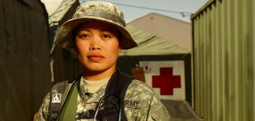 美媒:美联邦政府停摆 华裔预备役军人回家