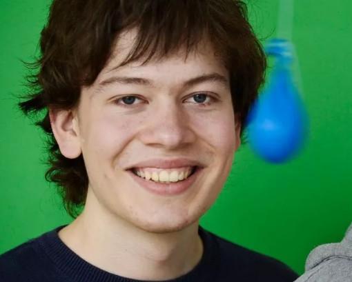 专访发现史诗级芯片漏洞的22岁天才:这是场意外
