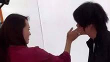 夫妻吵架男子被老婆狂扇6耳光 网友:太可怕了