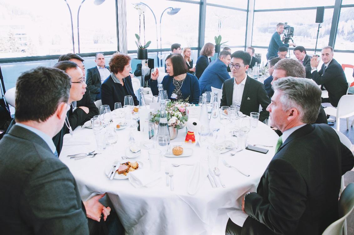 京东金融陈生强亮相达沃斯:让科技融通世界
