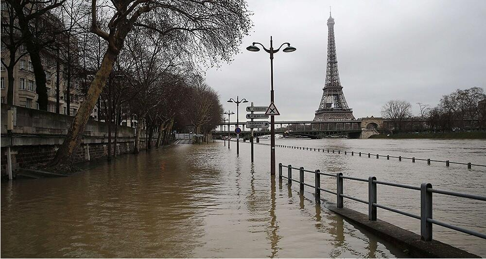 塞纳河与莱茵河水位暴涨 法国23省维持涨水橙色警报