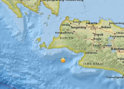印尼附近海域发生强震:首都有震感 暂无海啸预警