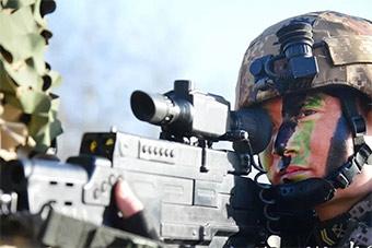 中国数字化单兵作战系统:战士提出修改意见