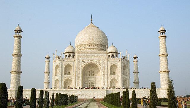 印度泰姬陵拟限客 每日最多接待4万人