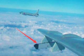 中国电子战轰6高调亮相 作战半径覆盖整个南海