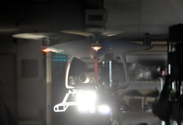 日本研发抢险救灾无人机可在夜间和水中进行搜索作业