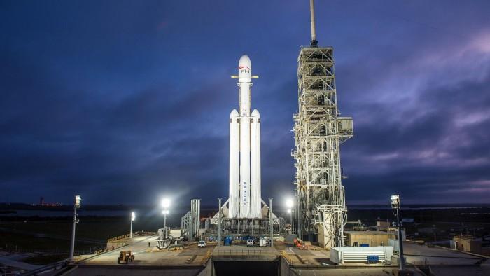 Space X猎鹰重型火箭或将于2月6日发射