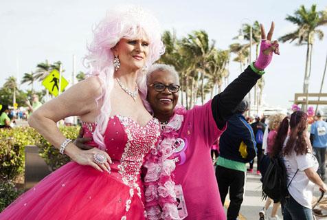 美佛罗里达州5千米活动 一片粉色欢乐十足