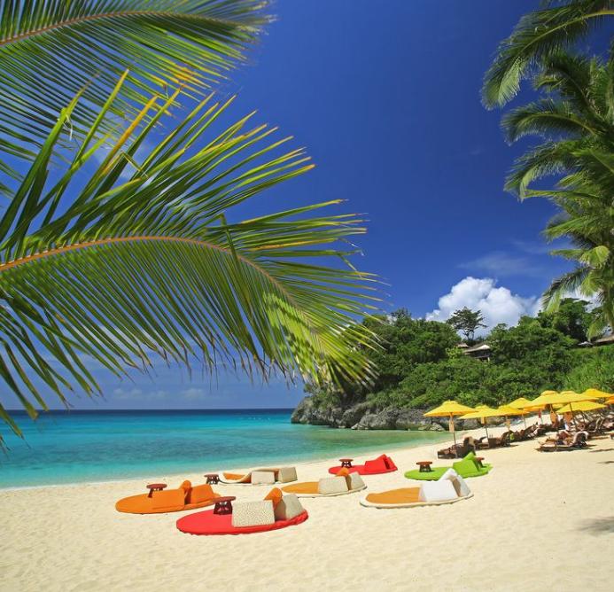 菲长滩岛外国游客量逾105万 中游客人数首居第一