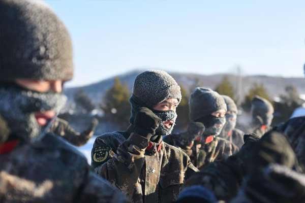 边防官兵-34℃极寒天气训练满面冰霜