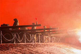 俄为庆祝列宁格勒战役胜利75周年射3100发礼炮