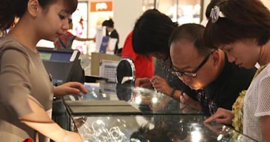爆买退潮后中国游客目标转向百年企业