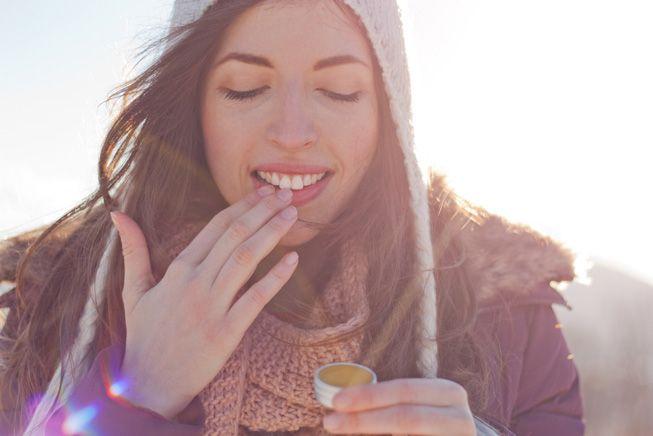 在家就可以轻松DIY的唇部磨砂膏 省钱又有效!