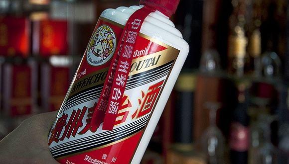 贵州茅台暴利风波 买一斤高粱3.6元一斤酒卖1499元