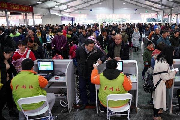 广州:多举措应对铁路客流增长