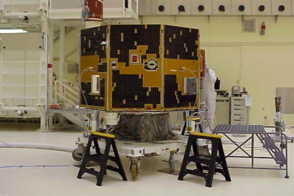 失联十余年卫星被业余天文发烧友找回,NASA震惊了