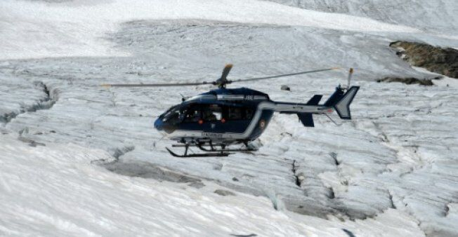 两名英国滑雪者在法国东南部不慎跌落山坡身亡