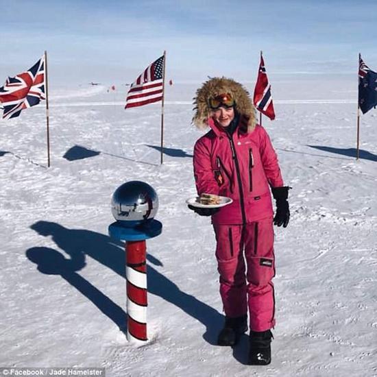 37天滑行600公里 澳16岁女孩滑雪至南极
