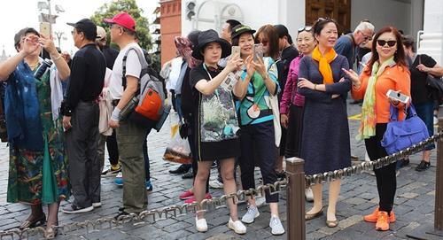 俄媒:2018年初赴俄中国游客同比翻倍 冬季游成热点