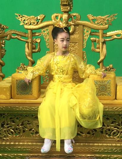 《小戏骨之八仙过海》史上最小王母娘娘来袭