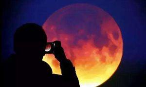 超级蓝月伴血月今晚亮相