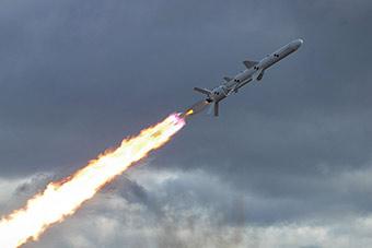 乌克兰试射最新巡航导弹 称是敌人最大威胁