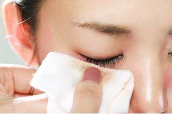 不伤睫毛和眼周肌肤的卸妆力 漫丹Bifesta缤若诗眼唇卸妆液