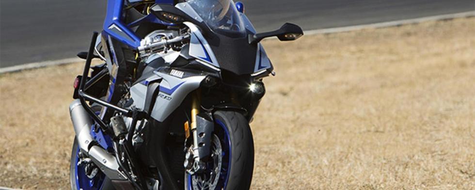 赛车领域地位也将不保?机器人骑摩托与人类竞技