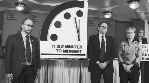 末日时钟只剩两分钟 1953年人类面临最高危险