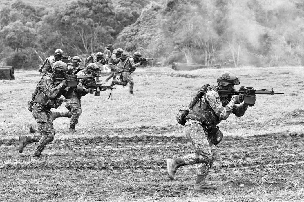 台军加紧战备防解放军突袭 称为让民众过个好年