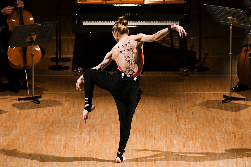 人工智能再现神级表现 舞蹈家秒变音乐家