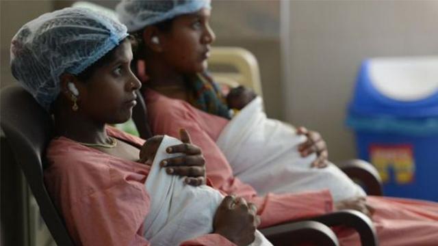 """在印度,约2100万个女孩因重男轻女而""""被抛弃"""""""