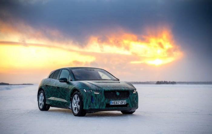捷豹电动完成雪地测试:80%充电时间缩至40分