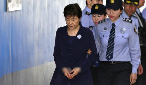 老死狱中?检方再次起诉朴槿惠 第21项罪名诞生