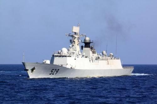 中国海军054A型导弹护卫舰首舰舟山舰入列10年