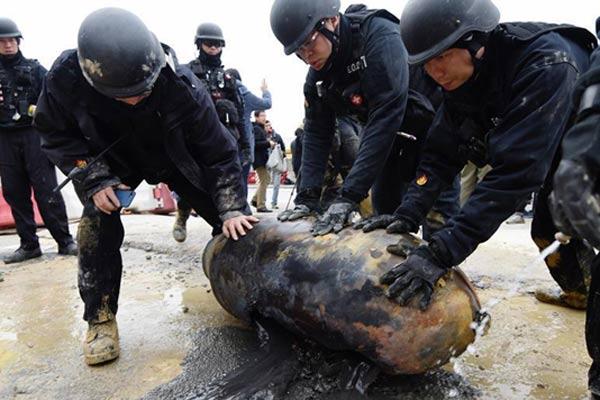 香港警方24小时成功解除湾仔第二枚战时炸弹