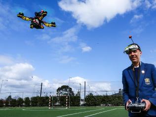 澳洲男孩赢得美国无人机大赛 获4万美元奖金