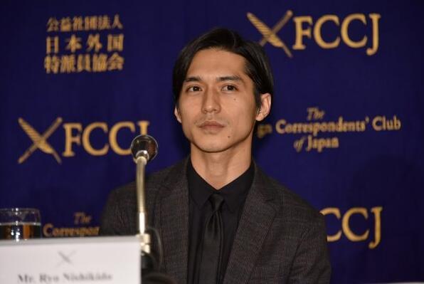 """日本演员锦户亮被爆真实身高 直呼""""不要公开!"""""""