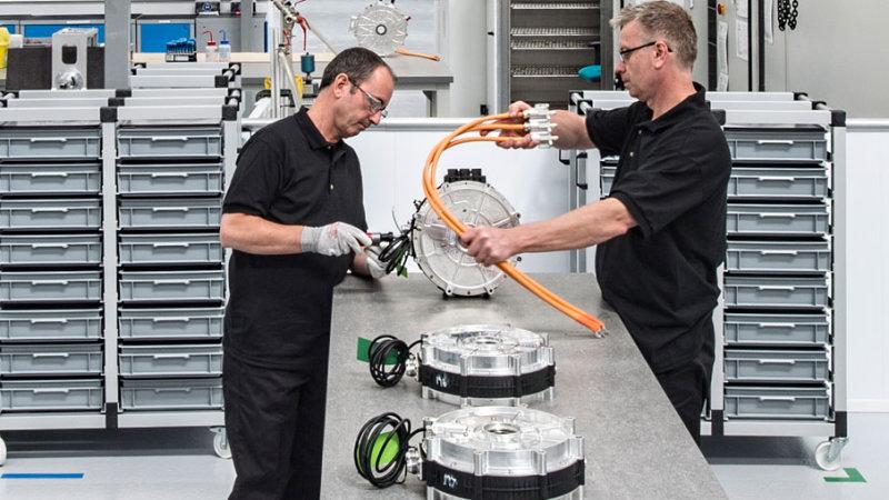 扩充生产线 英国YASA公司拓展电动车生产规模
