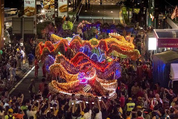 吉隆坡:180米长龙迎新年