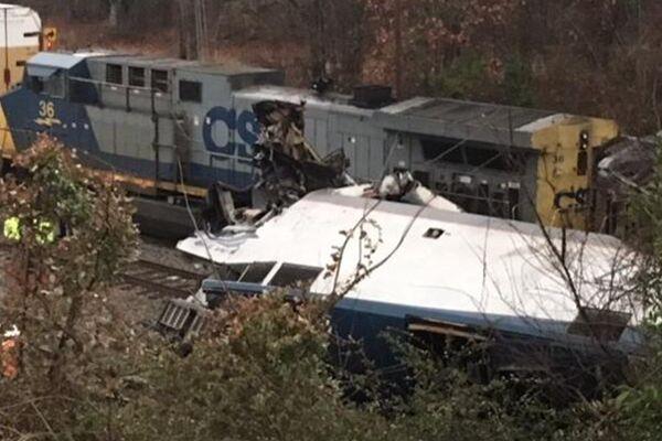 美国南卡罗莱纳州发生列车相撞事故 两人死亡